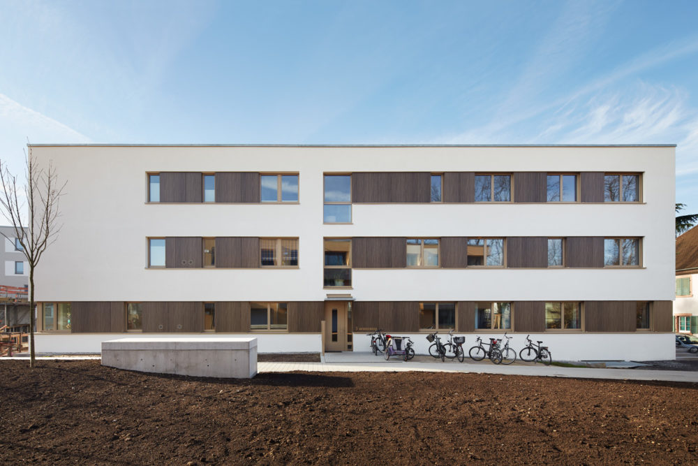 mehrgenerationenwohnen am albgrün baugruppe bzwei   planung: schelling architekten steinstraße 23 76133 karlsruhe www.schelling-architekten.de