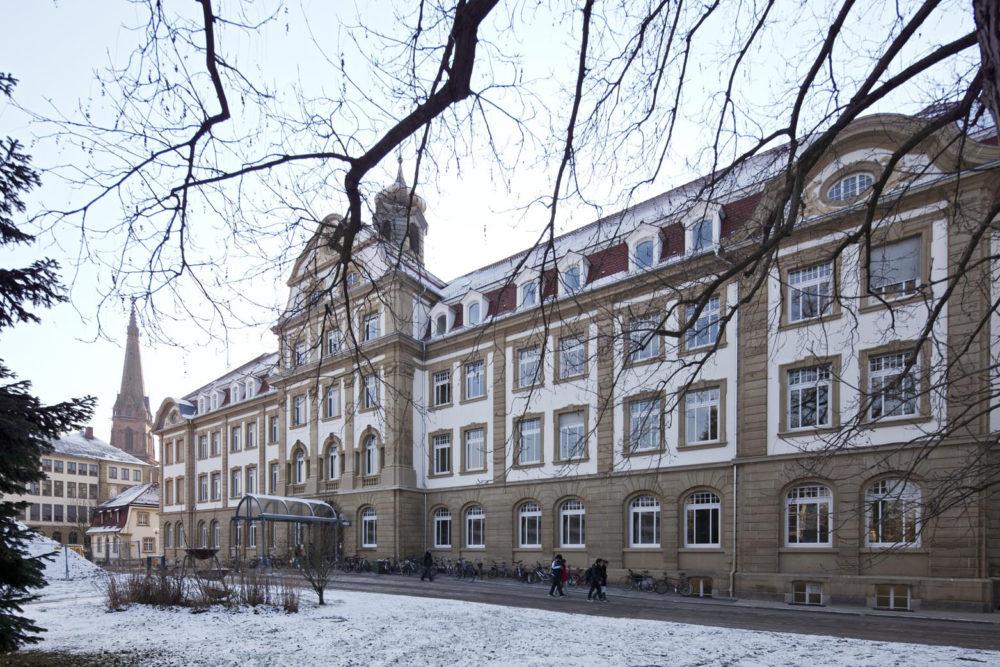 Uni KA, Gebäude 50.20 Kinderklinik, energetische Fassaden- und Dachsanierung