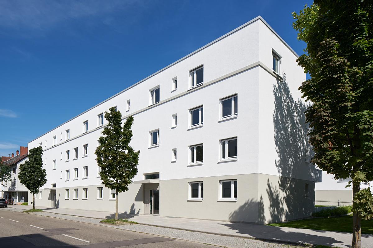 wohnanlage durmersheimer / winkelriedstraße  architektur:  kränzle + fischer-wasels architekten werderplatz 37 76137 karlsruhe  tel. 0721-41389 fax 0721-406476 www.kraenzle-fischerwasels.de